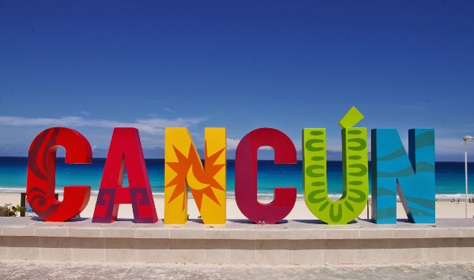 Visitar Playa Delfines en Cancún