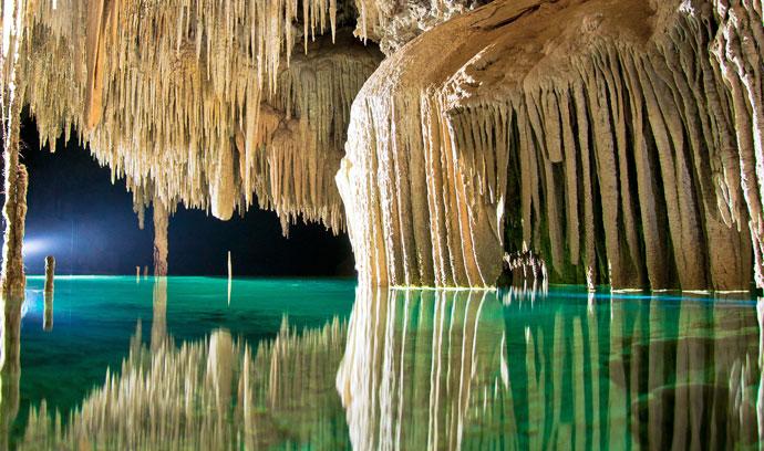 Explorar Rio Secreto en Cancún