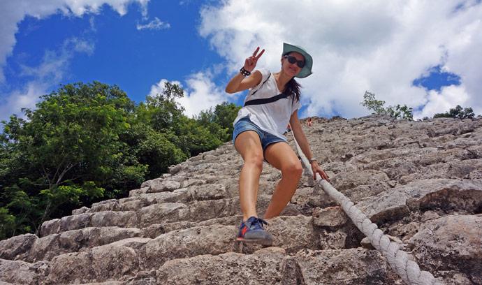 escalar-ruinas-mayas-coba